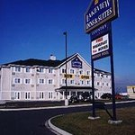 Lakeview Inn and Suites