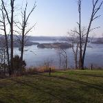 Photo of Dale Hollow Lake State Resort (Mary Ray Oaken Lodge)
