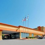 Rodeway Inn & Suites Conference Center