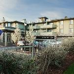Plaza Inn Suites Ashland Creek