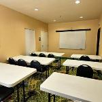 TXComfort Suites Meeting Room Exposio