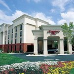 ‪Hampton Inn Front Royal‬