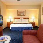 The Gatehouse Suites Indianapolis