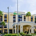 ‪Holiday Inn Express & Suites Kendall East Miami‬