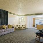  2 Room Suite