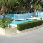 Best Value Inn Extended Stay (110 West Tarpon Ave )