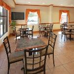Фотография Comfort Inn & Suites Chipley