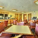 NEComfort Inn Breakfast Area
