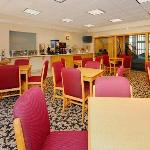 Photo de Comfort Suites Clackamas