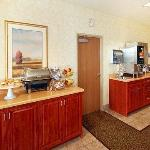 Comfort Suites at Royal Ridges Foto