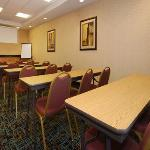 Foto van Comfort Suites Oxford