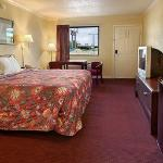 Days Inn North Little Rock East resmi