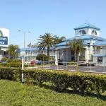 Photo of Days Inn & Suites Port Richey
