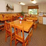 Φωτογραφία: Econo Lodge Inn & Suites Au Gres