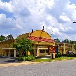 Econo Lodge at Ft. Benning