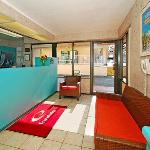 Фотография Econo Lodge North