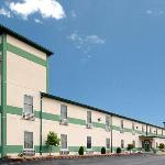 Econo Lodge Inn & Suites Granite City