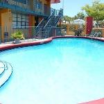 Foto Econo Lodge Inn & Suites