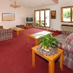 Econo Lodge Lakeshore의 사진