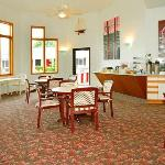 Φωτογραφία: Econo Lodge Lakeshore