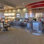 Photo de Cambria Suites Akron-Canton Airport