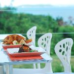 Several dishes (outdoor dining with a spectacular view)
