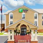 ‪Holiday Inn Express Hotel & Suites North Little Rock‬