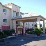 Holiday Inn Express Naples I-75 (Exit 101)