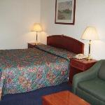 Φωτογραφία: Country Hearth Inn - Eddyville