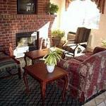 Foto de Country Hearth Inn Siler City