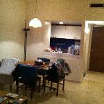 Seaside Furnished Flats resmi