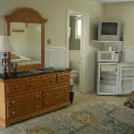  Room ammenities include aminifridge, microwave, premium cable tv and free wifi