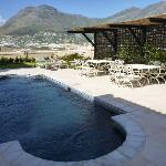  Seacliffe Lodge Pool &amp; Patio