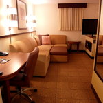 Hyatt Place Richmond Airport resmi