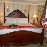 Rpy O Suite super king size bed with the surpirses