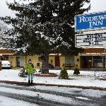 Winter at the Rodeway Inn near NAU
