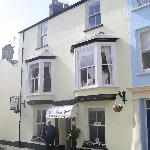 Compact and cosy, the Myrtle House Hotel