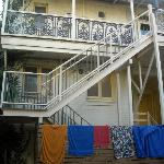 Photo de Glenelg Beach Hostel