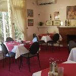 Homestyle meals in Dining Room-Garden Motor Inn