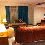 Foto van Waterfront Suites Phuket by Centara