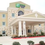Holiday Inn Express &amp; Suites Brady