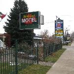 MOTEL AT VICTORIA ST