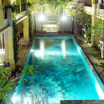 Photo of 100 Sunset Boutique Hotel Kuta