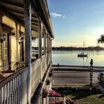 Foto de Bayfront Marin House Bed and Breakfast Inn
