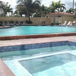 Howard Johnson Plaza Hotel Miami Airport Foto