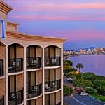 Hilton San Diego Airport/Harbor Island