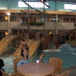 Ramada Sioux Falls Airport Hotel and Suites resmi