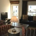  Villa Executive Apartments Lounge