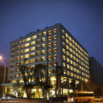 Leader Hotel