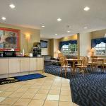 Microtel Inn & Suites by Wyndham Independence Foto